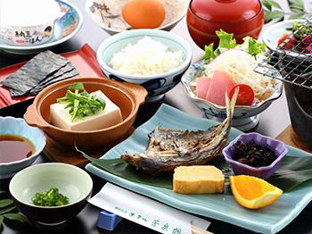大分の食材を使用した ほっこり優しい和朝食で身体を温める